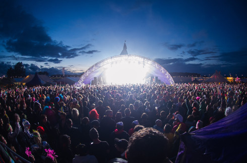 Shambala-2012-Main-Stage-Crowd